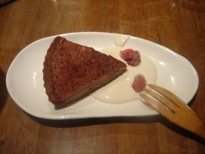 マクロビオテックのデザート。クリーム部分は豆腐でできている!
