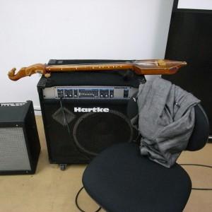 山川冬樹さん愛用の楽器
